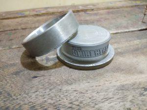 Moulding gelang karet